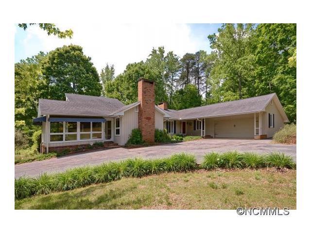 611 Club Rd, Tryon, NC 28782