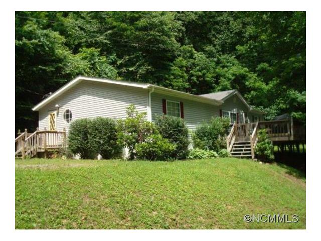 Photo of 112 Victoria Rose Lane  Waynesville  NC