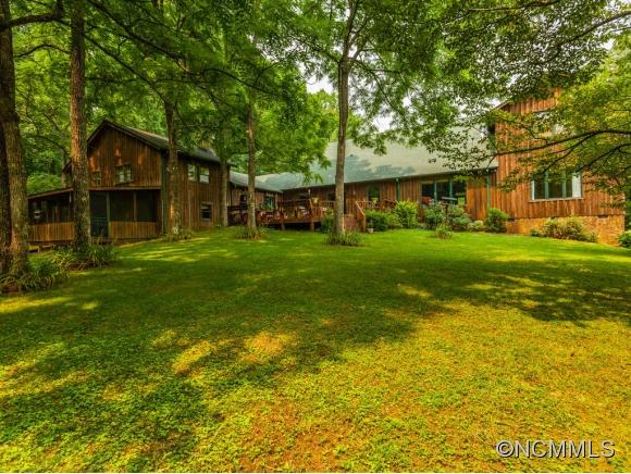 16.26 acres Saluda, NC