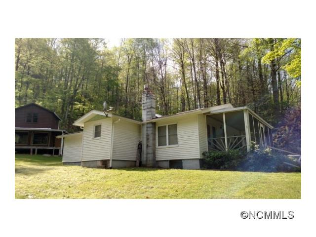 Photo of 541 Cabin Flats Road  Balsam  NC