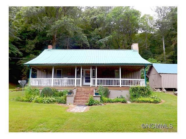 1295 Will Higgins Rd, Green Mountain, NC 28740