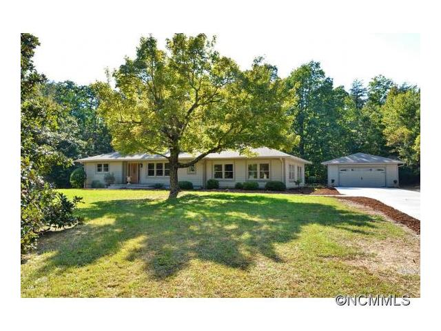 124 Red Fox Rd, Columbus, NC 28722