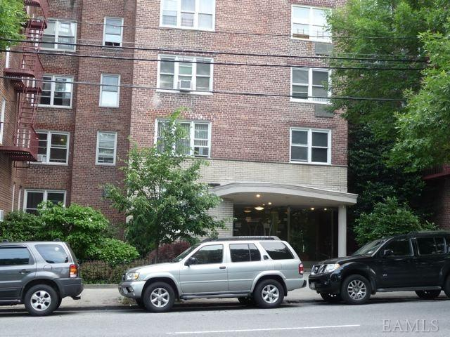 Rental Homes for Rent, ListingId:22168301, location: 4295 Webster Ave Bronx 10470