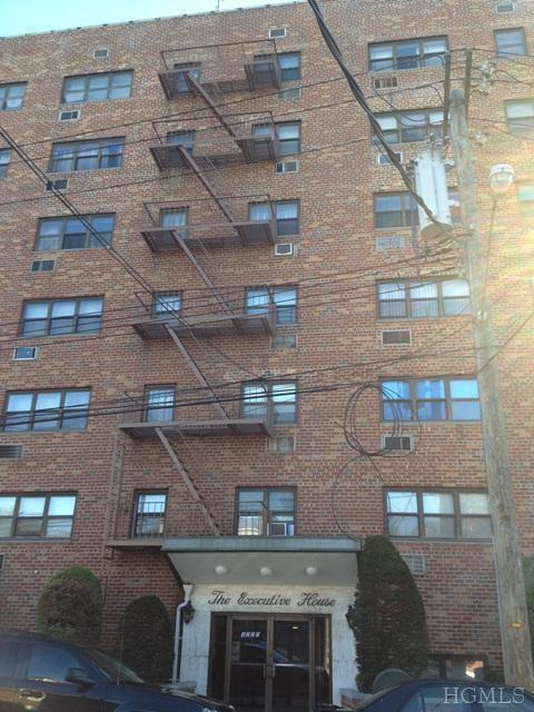 Rental Homes for Rent, ListingId:21832075, location: 4200 Herkimer Pl Bronx 10470