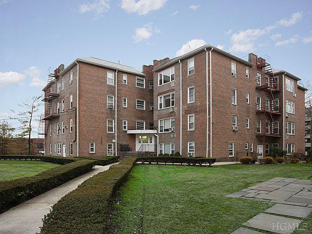 Rental Homes for Rent, ListingId:22280472, location: 600 Pelham Rd New Rochelle 10805