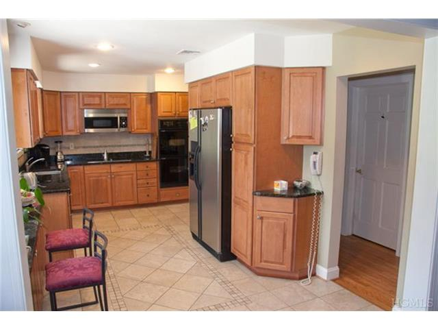 Rental Homes for Rent, ListingId:23035655, location: 720 Old Kensico Rd Thornwood 10594
