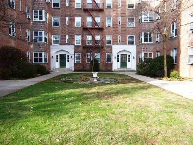 Rental Homes for Rent, ListingId:23175559, location: 1 Bronxville Rd Yonkers 10708