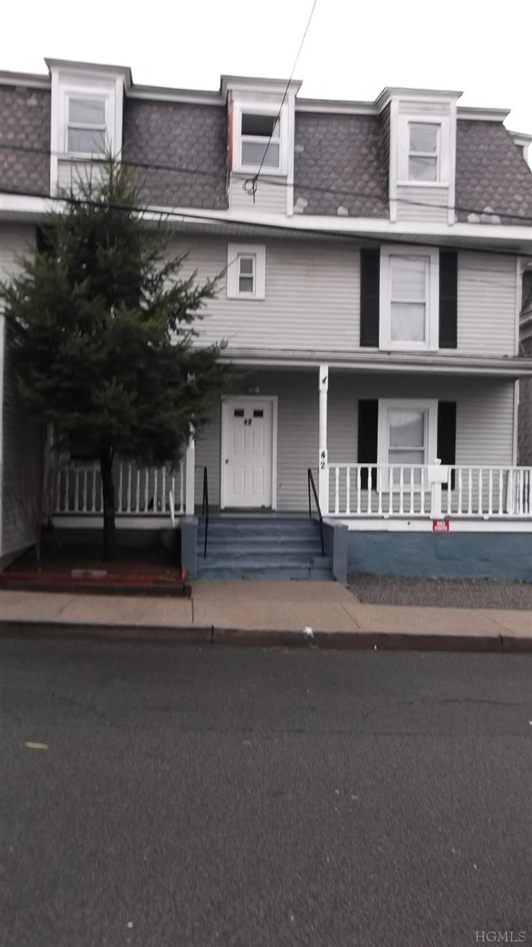 Rental Homes for Rent, ListingId:23205000, location: 42 Smith St Pt Chester 10573