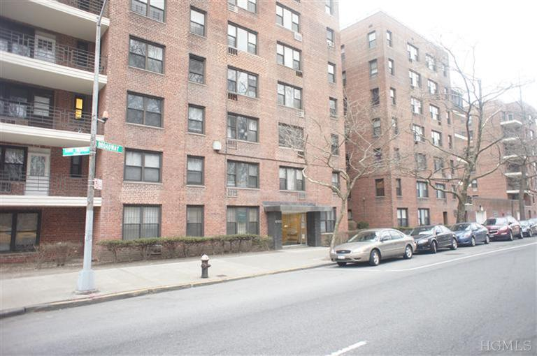 Rental Homes for Rent, ListingId:23486269, location: 6485 Broadway Bronx 10471