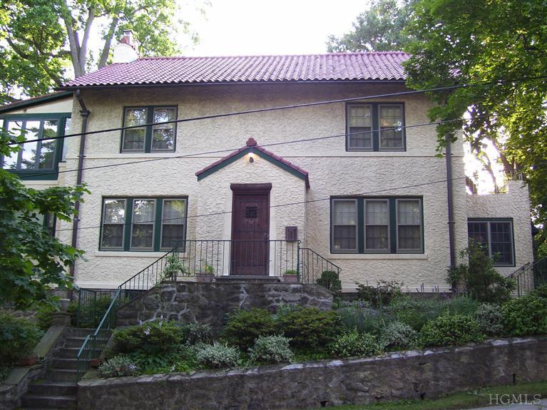 Rental Homes for Rent, ListingId:23450065, location: 117 Storer Ave New_rochelle 10803