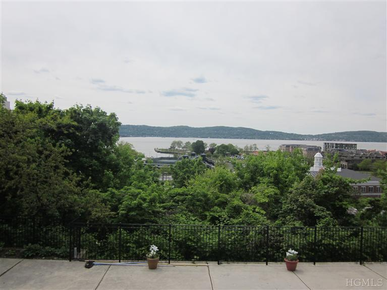 Rental Homes for Rent, ListingId:23565213, location: 19 Windle Park Tarrytown 10591