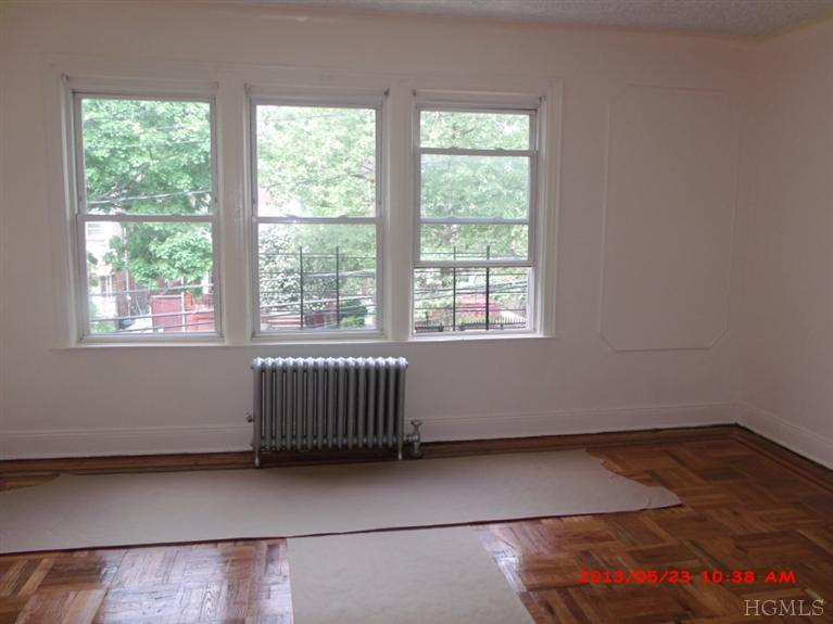 Rental Homes for Rent, ListingId:23702214, location: 4358 Edson Ave Bronx 10466