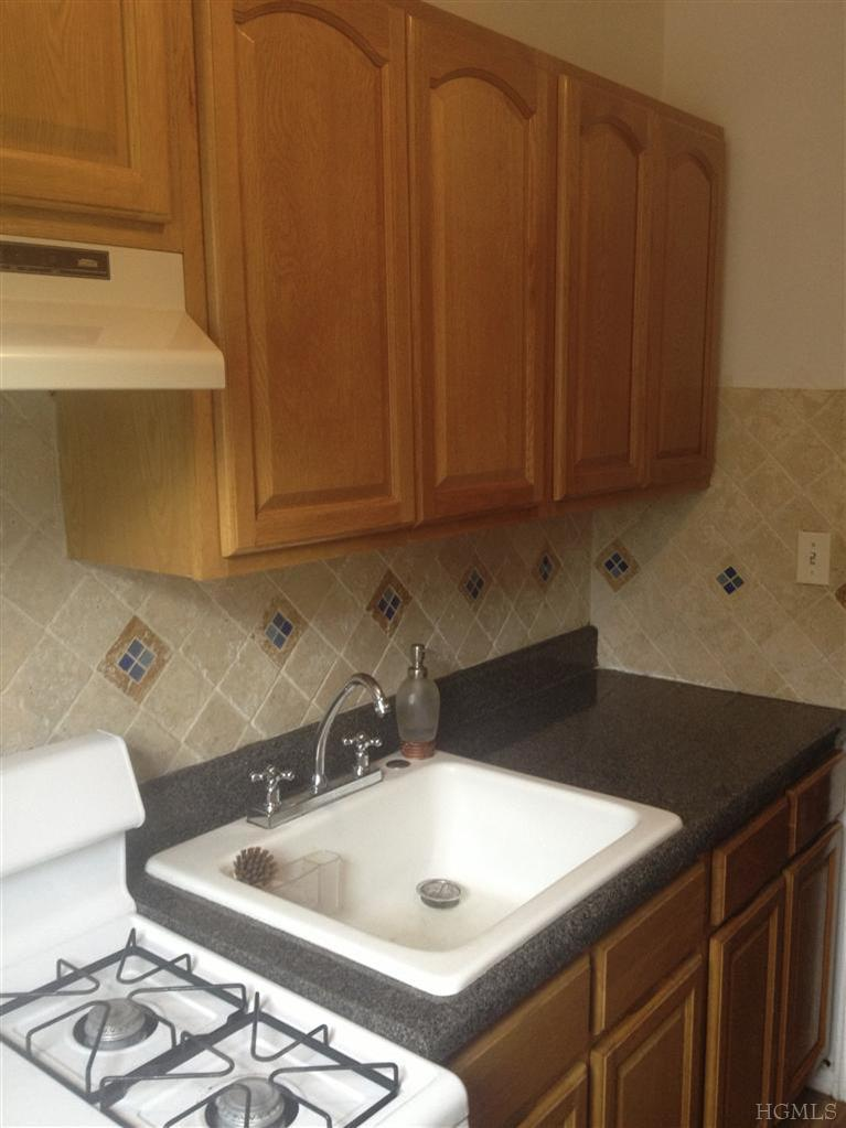 Rental Homes for Rent, ListingId:25127143, location: 41 West Point St Yonkers 10701