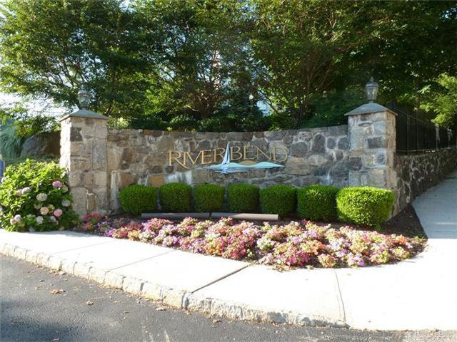 Rental Homes for Rent, ListingId:25923812, location: 215 Highridge Ct Peekskill 10566