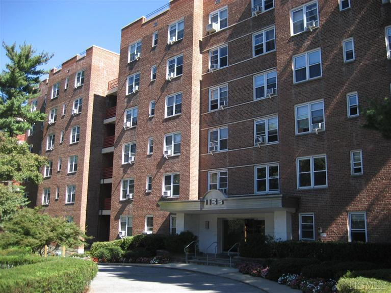 Rental Homes for Rent, ListingId:25377307, location: 1133 Midland Bronxville 10708
