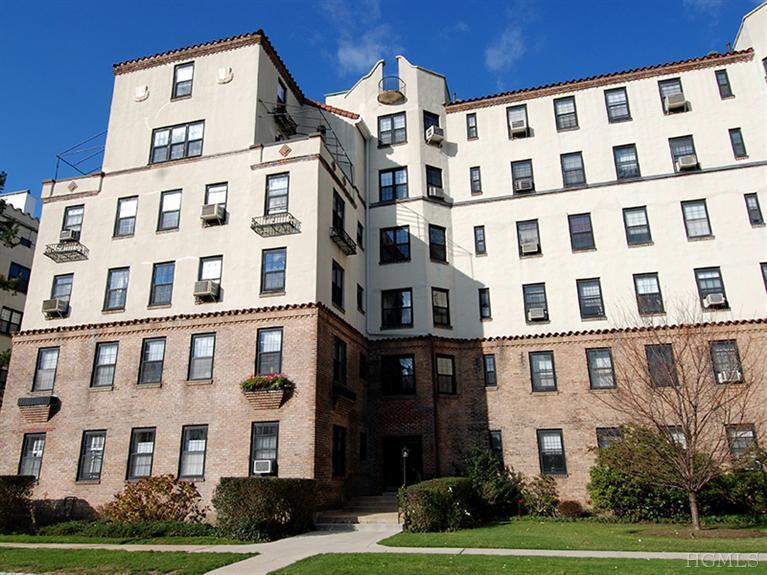 Rental Homes for Rent, ListingId:25359896, location: 1273 North Ave New Rochelle 10804