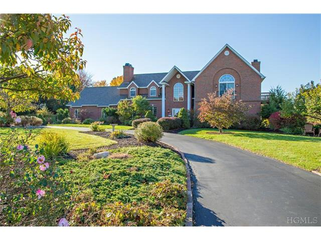 6 Taconic View Ct, Lagrangeville, NY 12540