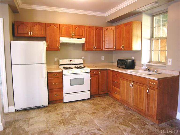 Rental Homes for Rent, ListingId:25692193, location: 277 Wood St Mahopac 10541