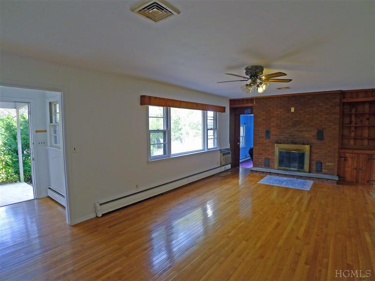 Rental Homes for Rent, ListingId:25784059, location: 34 Agor Ln Mahopac 10541