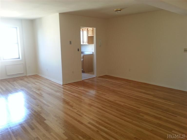 Rental Homes for Rent, ListingId:25879989, location: 1100 Warburton Ave Yonkers 10701