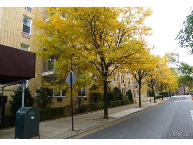 Rental Homes for Rent, ListingId:25893366, location: 2736 Independence Ave Bronx 10463