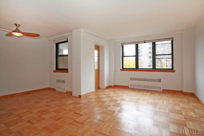 Rental Homes for Rent, ListingId:26001154, location: 735 Kappock St Bronx 10463