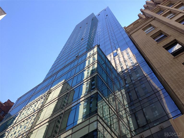 18 W 48th St # UNIT: 33A, New York, NY 10020