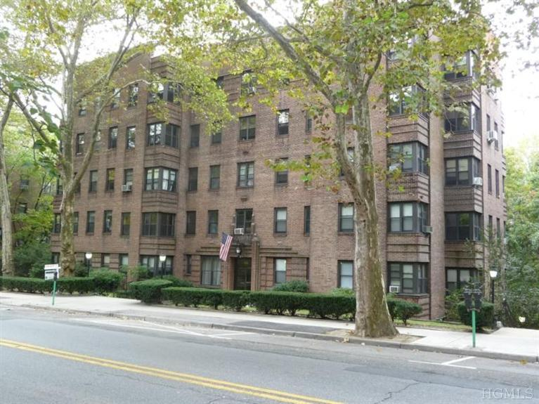 Rental Homes for Rent, ListingId:26060767, location: 150 East Hartsdale Ave Hartsdale 10530
