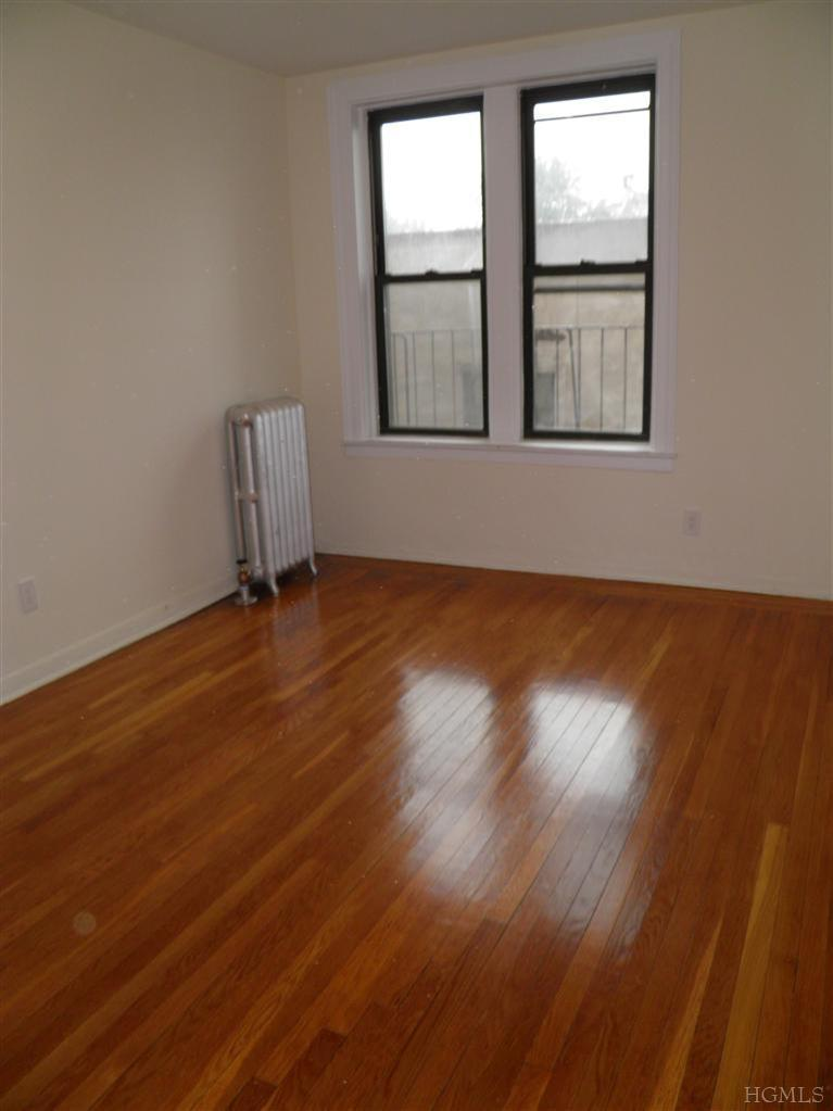 Rental Homes for Rent, ListingId:26113060, location: 65 Central Park Ave Yonkers 10705