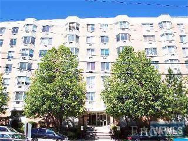 Rental Homes for Rent, ListingId:26293727, location: 14 Nosband Avenue White Plains 10605