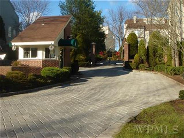 Rental Homes for Rent, ListingId:26293729, location: 97 Waterside Close Eastchester 10709