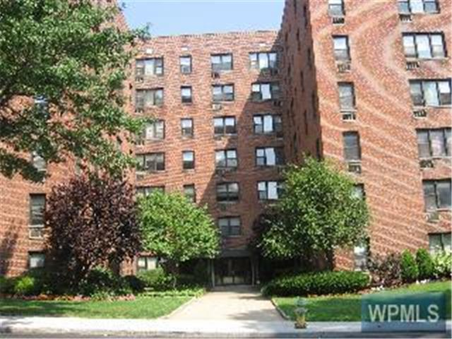 Rental Homes for Rent, ListingId:26417265, location: 11 Lake St White Plains 10603
