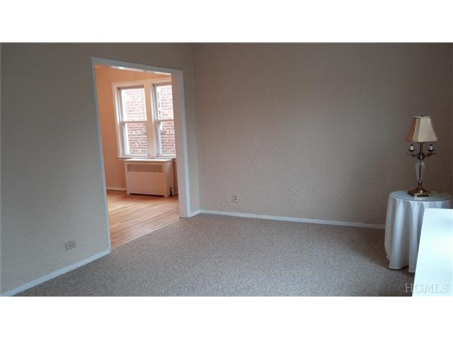 Rental Homes for Rent, ListingId:26553588, location: 12 Robley St Yonkers 10704