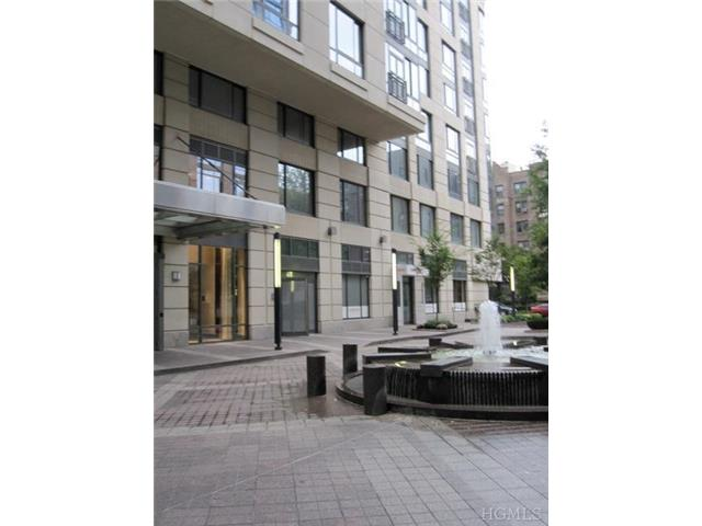 Rental Homes for Rent, ListingId:26547498, location: 10 City Place White Plains 10601