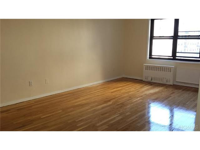 Rental Homes for Rent, ListingId:26568319, location: 1100 Warburton Ave Yonkers 10701