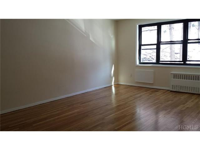 Rental Homes for Rent, ListingId:26568323, location: 1100 Warburton Ave Yonkers 10701
