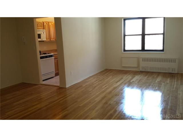Rental Homes for Rent, ListingId:26568324, location: 1100 Warburton Ave Yonkers 10701