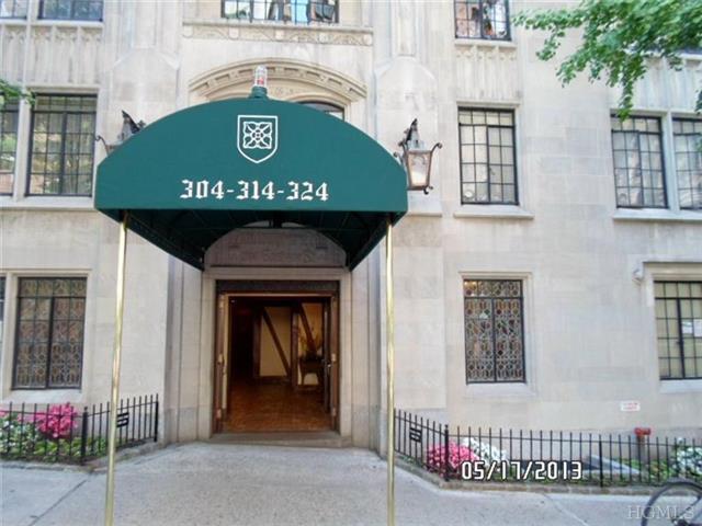 324 E 41st St # UNIT: 902C, New York, NY 10017
