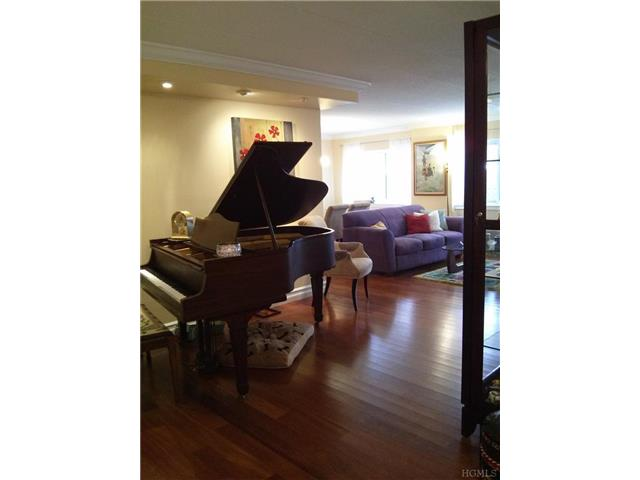Rental Homes for Rent, ListingId:26618683, location: 30 Greenridge Avenue White Plains 10605