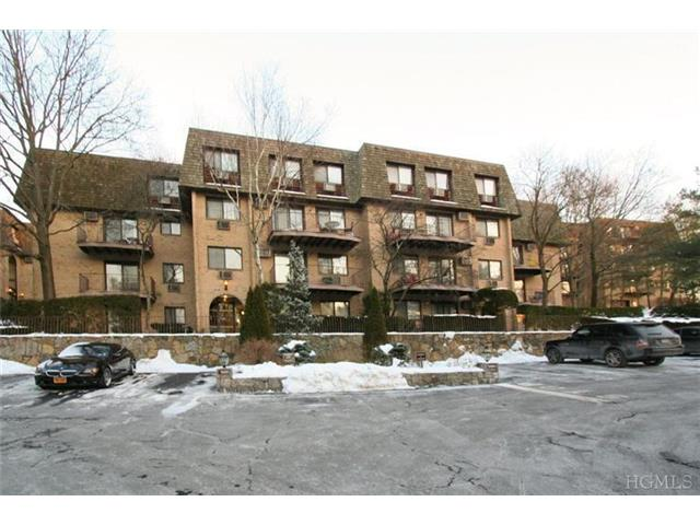 Rental Homes for Rent, ListingId:26682956, location: 500 Central Park Ave Scarsdale 10583