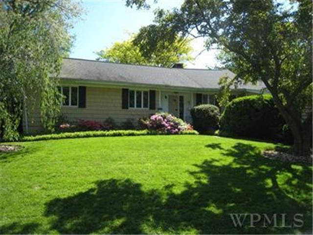 Rental Homes for Rent, ListingId:26675373, location: 1090 Bayhead Drive Mamaroneck 10543