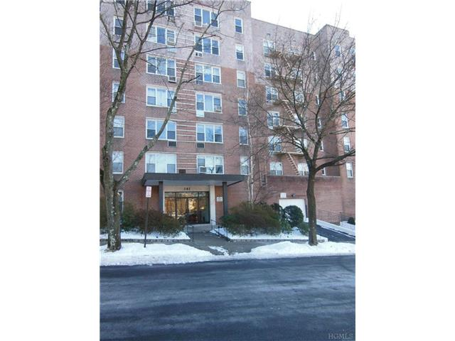 Rental Homes for Rent, ListingId:26716336, location: 1 Oakridge Pl Eastchester 10709