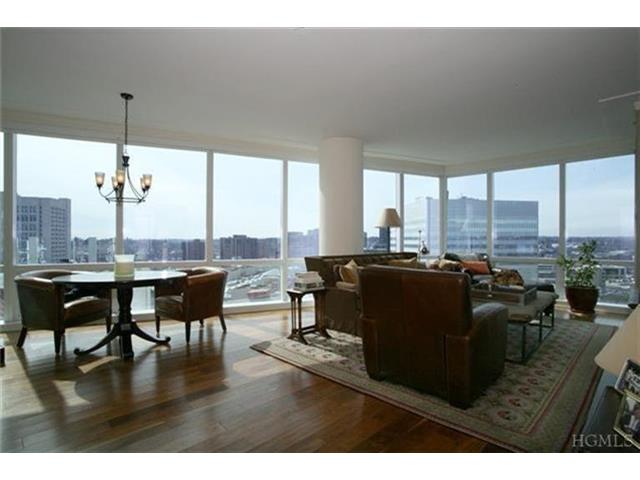 Rental Homes for Rent, ListingId:27121860, location: 1 Renaissance Sq White Plains 10601