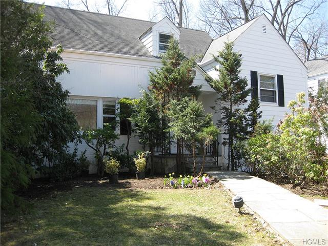 Rental Homes for Rent, ListingId:27262205, location: 8 Dell Road Scarsdale 10583