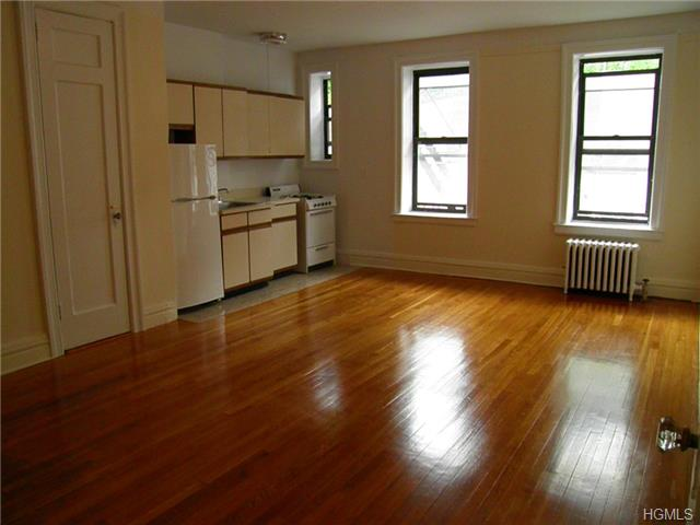 Rental Homes for Rent, ListingId:27356487, location: 1467 MIdland Avenue Yonkers 10708