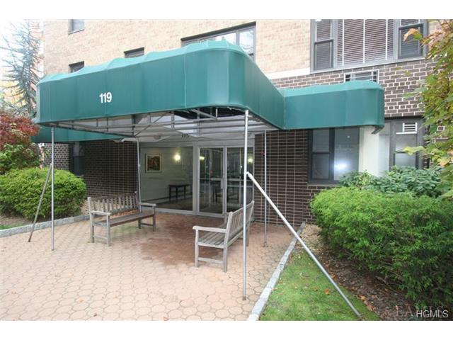 Rental Homes for Rent, ListingId:27277809, location: 119 East Hartsdale Avenue Hartsdale 10530
