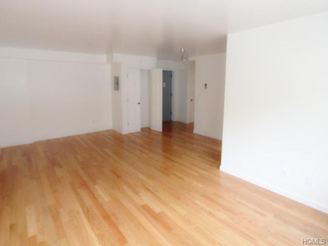 Rental Homes for Rent, ListingId:30119308, location: 100 Caryl Yonkers 10705