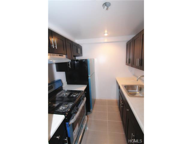 Rental Homes for Rent, ListingId:30119310, location: 100 Caryl Yonkers 10705
