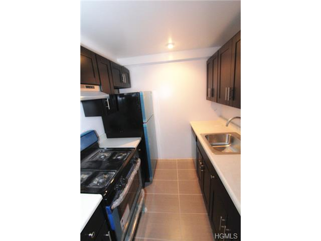 Rental Homes for Rent, ListingId:30119312, location: 100 Caryl Yonkers 10705
