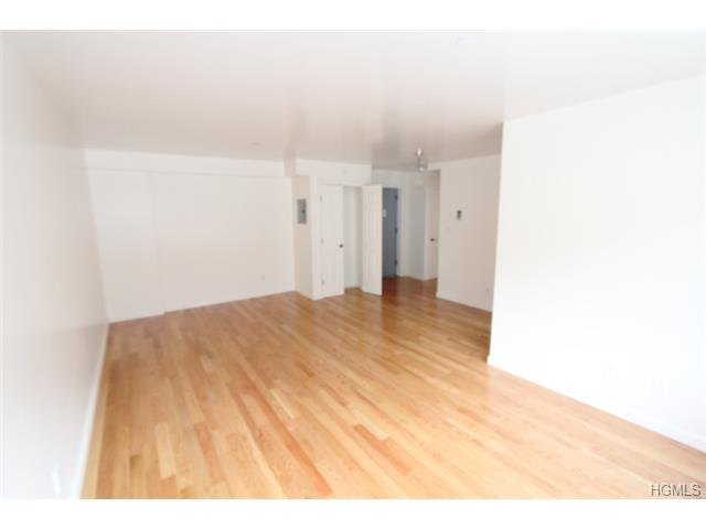 Rental Homes for Rent, ListingId:30119313, location: 100 Caryl Yonkers 10705